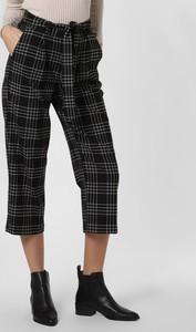 Czarne spodnie Marie Lund w stylu klasycznym