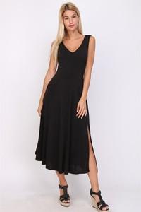 Czarna sukienka Chic & Pretty na ramiączkach