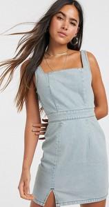 Niebieska sukienka Asos w stylu casual