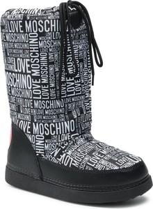 Czarne kozaki Love Moschino z nadrukiem w stylu casual