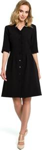 Czarna sukienka Merg z długim rękawem mini trapezowa