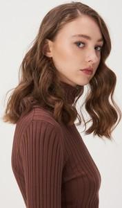 Brązowy sweter Sinsay w stylu casual