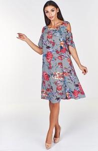 Sukienka Fokus w stylu casual z okrągłym dekoltem midi