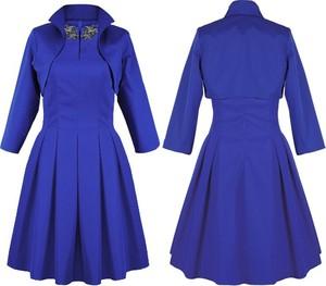 Sukienka Camill Fashion z długim rękawem midi z kołnierzykiem