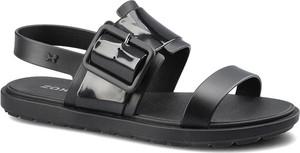 Czarne sandały Zaxy