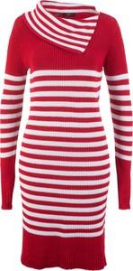 Czerwona sukienka bonprix bpc bonprix collection midi z golfem dopasowana