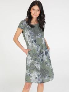 Sukienka Unisono w stylu casual z okrągłym dekoltem