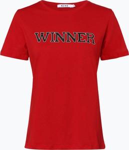 Czerwony t-shirt NA-KD z krótkim rękawem