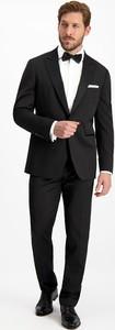 Czarny garnitur Lavard z tkaniny
