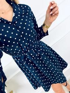 Niebieska sukienka Kenza.pl w stylu klasycznym