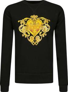 Czarna bluza Versace Jeans w młodzieżowym stylu