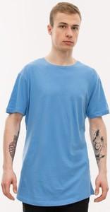 Niebieski t-shirt Urban Classics
