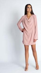 Sukienka Dursi oversize z długim rękawem