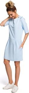 Niebieska sukienka Merg z okrągłym dekoltem w stylu casual