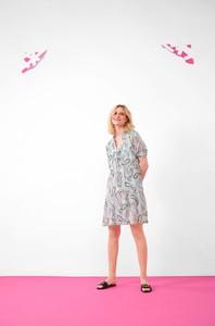 Sukienka ORSAY z okrągłym dekoltem w stylu casual mini