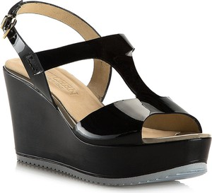 Czarne sandały Wittchen na platformie na wysokim obcasie ze skóry