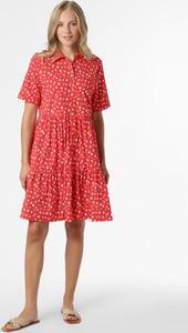 Czerwona sukienka Marie Lund z krótkim rękawem mini w stylu casual