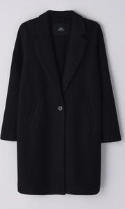 Czarny płaszcz Cropp