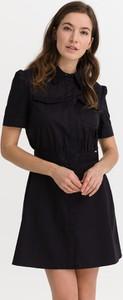 Sukienka Guess mini w stylu casual z krótkim rękawem