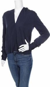 Granatowa bluzka Aware By Vero Moda z dekoltem w kształcie litery v w stylu casual