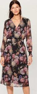 Sukienka Mohito w stylu casual z szyfonu midi