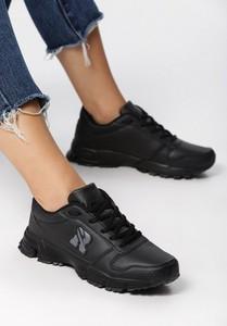 Czarne buty sportowe Edoti z płaską podeszwą w sportowym stylu