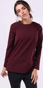 Czerwona bluzka Nommo z okrągłym dekoltem