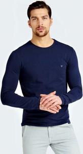 Niebieska koszulka z długim rękawem Guess w stylu casual
