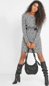 Sukienka ORSAY z długim rękawem trapezowa mini