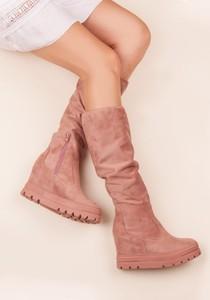 Różowe kozaki Seastar na koturnie przed kolano w stylu casual