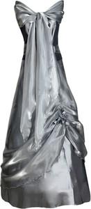 Srebrna sukienka Fokus