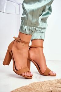 Sandały Fw1 z klamrami