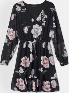 Sukienka Mohito z długim rękawem z szyfonu