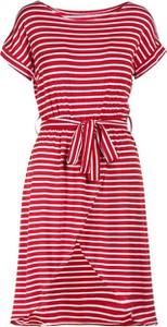 Czerwona sukienka Multu