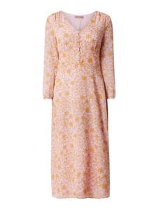 Różowa sukienka Jake*s Collection midi z dekoltem w kształcie litery v