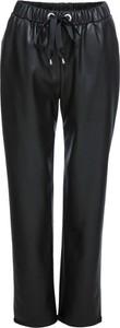 Czarne spodnie bonprix BODYFLIRT w stylu casual