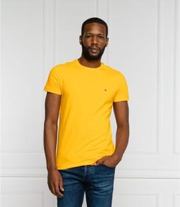 Żółty t-shirt Tommy Hilfiger z bawełny