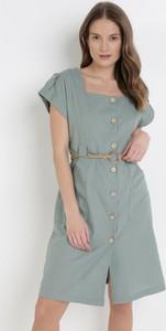 Miętowa sukienka born2be z okrągłym dekoltem mini w stylu casual