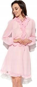 Różowa sukienka Inna mini w stylu boho