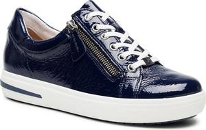Granatowe buty sportowe Caprice na platformie sznurowane
