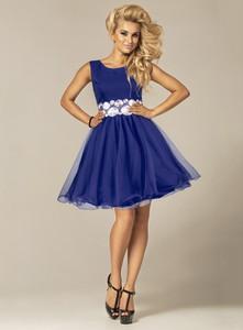 Niebieska sukienka Marselini z okrągłym dekoltem midi