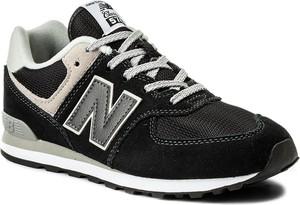 Czarne buty sportowe dziecięce New Balance sznurowane z zamszu