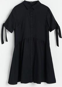 Czarna sukienka Reserved z długim rękawem mini w stylu casual