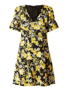 Sukienka Michael Kors z krótkim rękawem z dekoltem w kształcie litery v w stylu casual