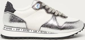 Buty sportowe Steve Madden sznurowane ze skóry na platformie