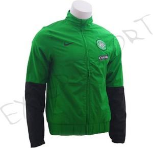 Zielona kurtka Nike w sportowym stylu