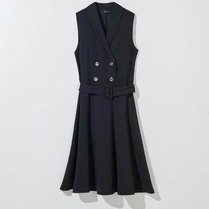 Czarna sukienka Mohito bez rękawów
