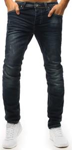Granatowe jeansy Dstreet z jeansu w street stylu