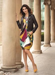 Sukienka Antonnucci w geometryczne wzory w stylu casual z długim rękawem