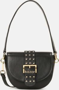 Czarna torebka Kazar w stylu glamour ze skóry